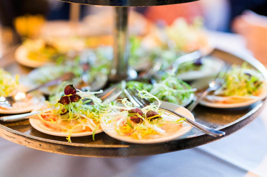 Amusesgeserveerd voorafgaande aan een luxe diner in kasteel woerden regio utrecht lunch randstad ambachtelijk bereid eten