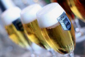 High beer hapjes speciaal bier Feestlocatie kasteel cafe high wine high tea high wine terras koffie met gebak locatie lunch