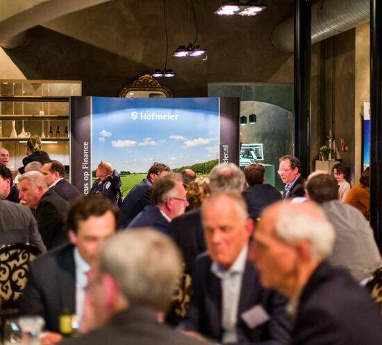 diner vergaderen in sfeervol kasteel dichtbij Schiphol vergaderen tussen Den Haag en utrecht a12 goed bereikbaar met trein