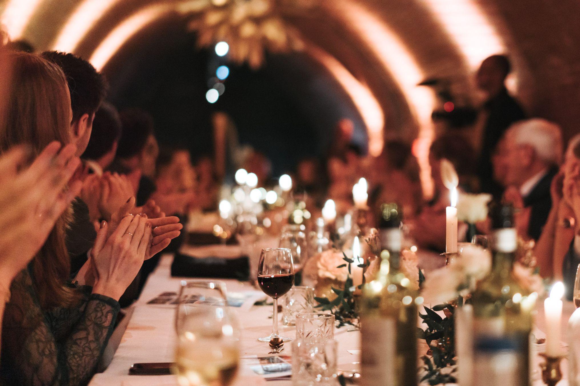 kasteel woerden dineren in de gewelf zakelijke lunch diner zakelijk event vergadering centraal in groene hart van randstad congres regio utrecht en Schiphol voldoende parkeerplaatsen goed bereikbaar dichtbij centraal station