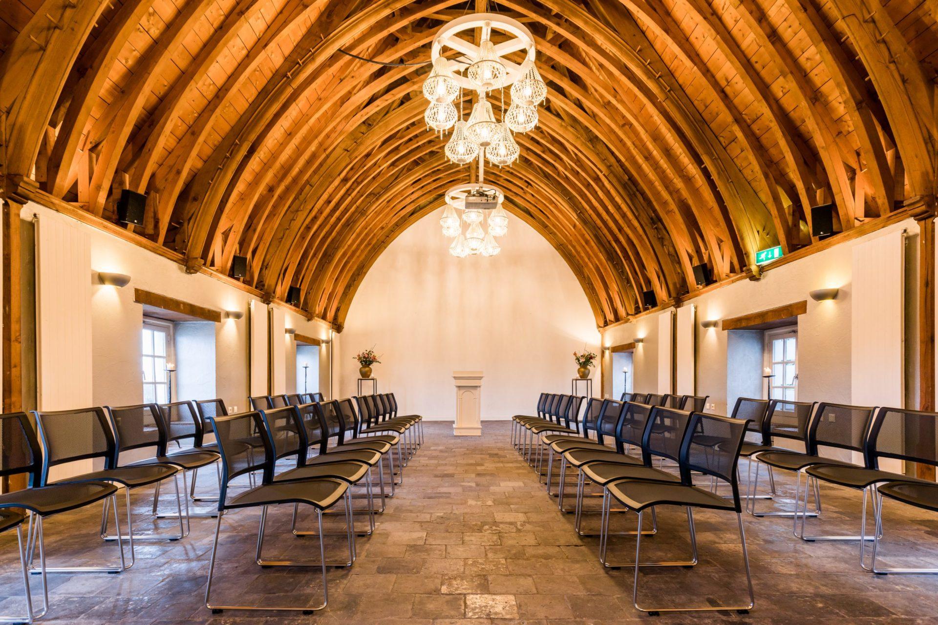 kasteel woerden zakelijk event vergadering centraal in groene hart van randstad congres regio utrecht en Schiphol voldoende parkeerplaatsen goed bereikbaar dichtbij centraal station