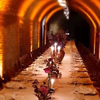 tafeldecoratie blush and colours kasteel worden de gewelven dineren bruiloft